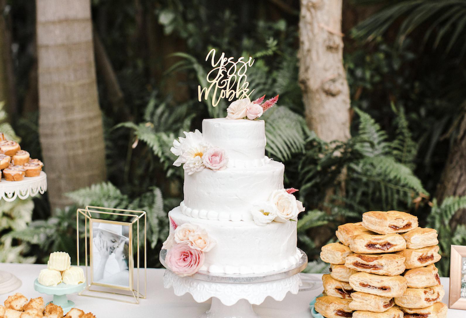 Cake and latin desserts