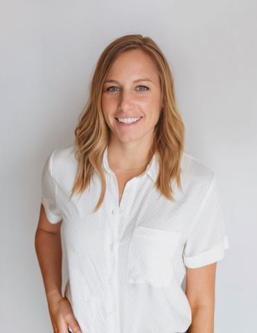 Alfa Charlie, Kimberly Gilroy