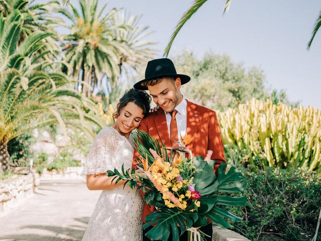 Newlyweds in Jungle