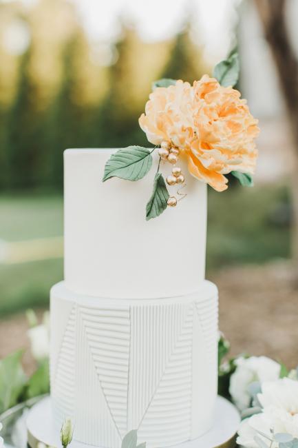 Cake with Orange Flower