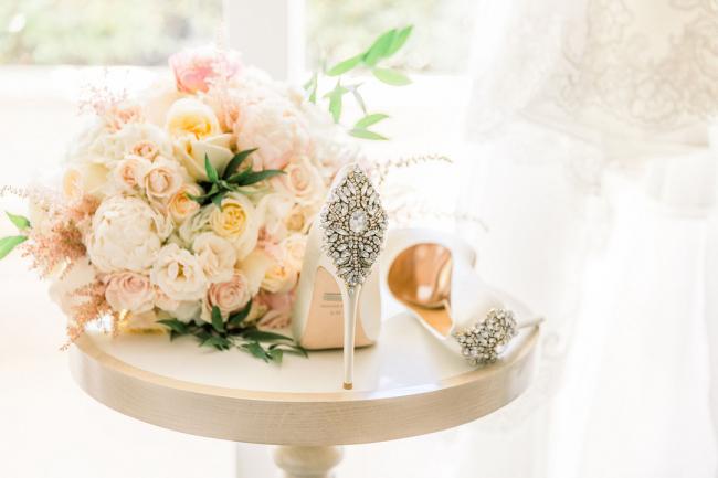 bouquet and bride's shoes