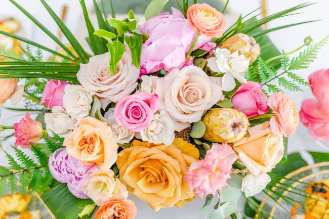 Colorful and tropical bouquet